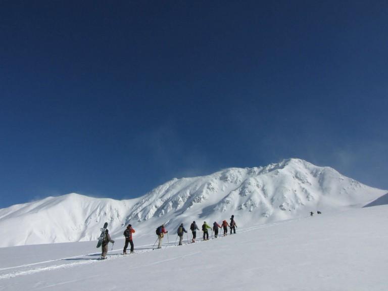 【5月3日〜5日 若干空きあります!】バックカントリー「北ア・立山ロングルートキャンプ」 レベル1~3