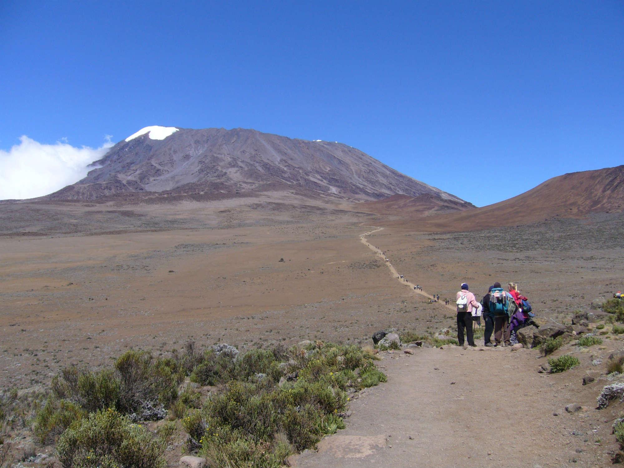 キリマンジャロ登頂(5,895m)10日間
