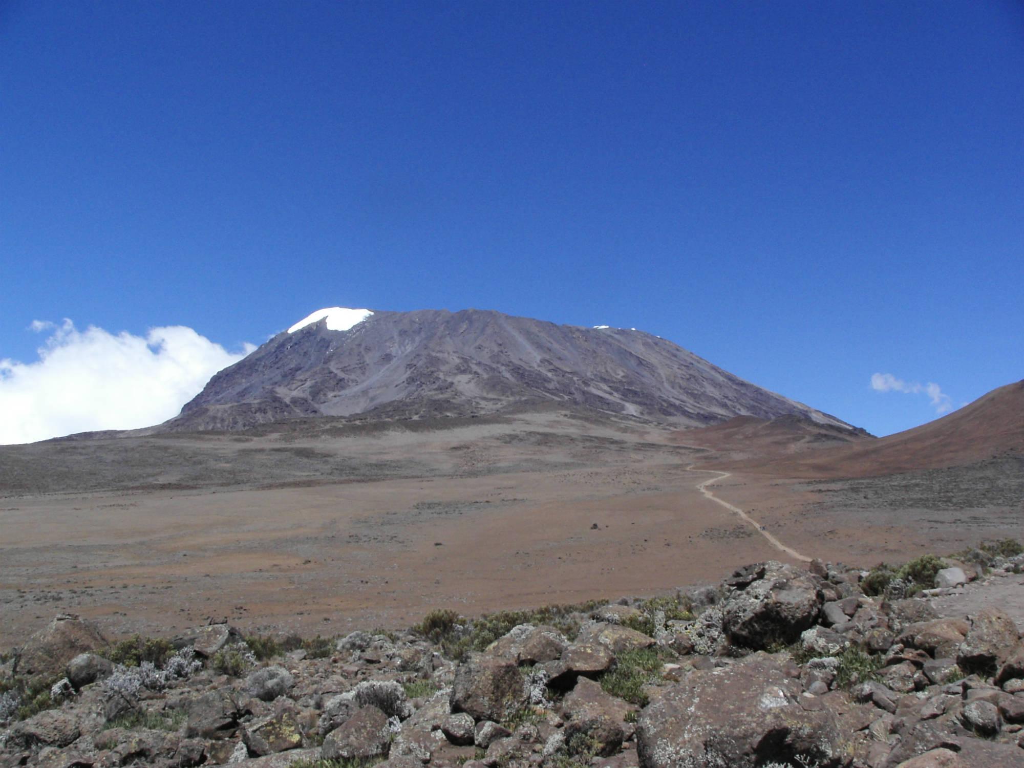 タンザニア/キリマンジャロ(5,895m)登頂10日間
