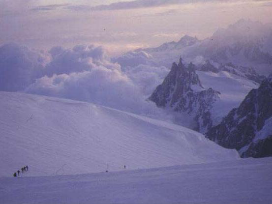 ヨーロッパアルプス/モンブラン(4,810m)登頂&滑降9日間