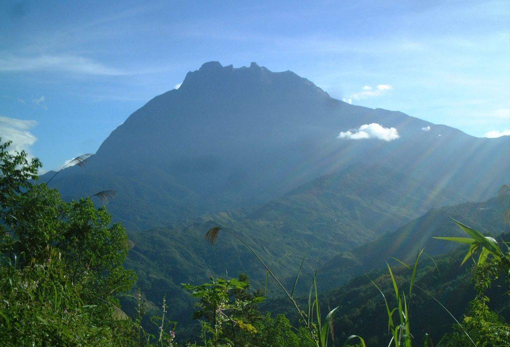 マレーシア/キナバル山(4,095m)登頂4日間
