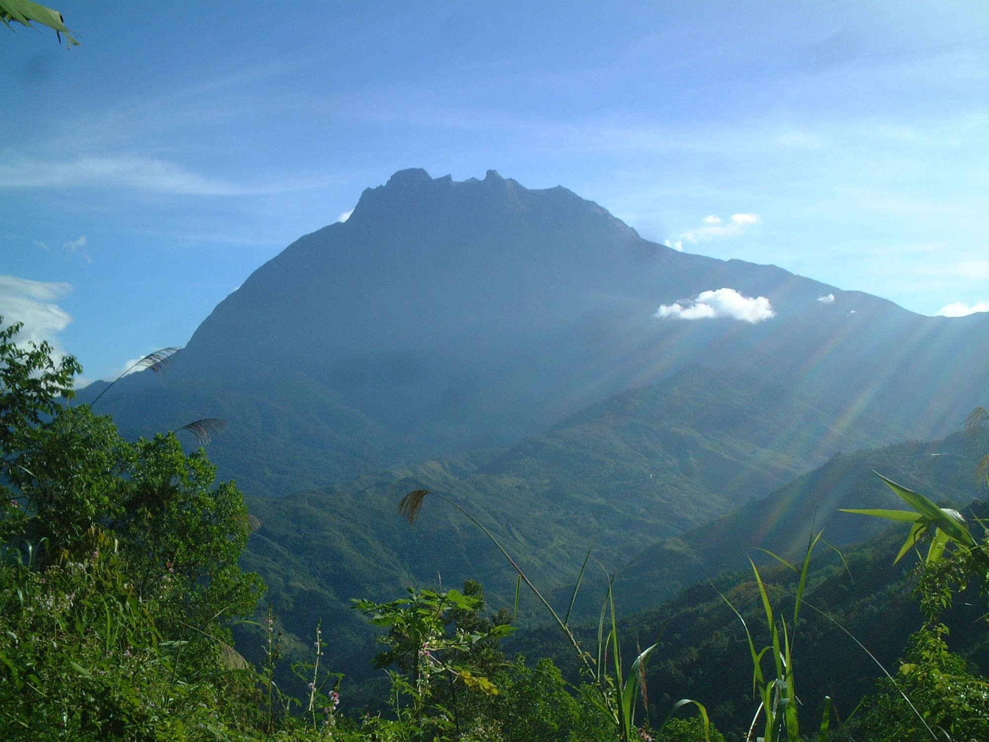 キナバル山登頂エクスプレス4日間