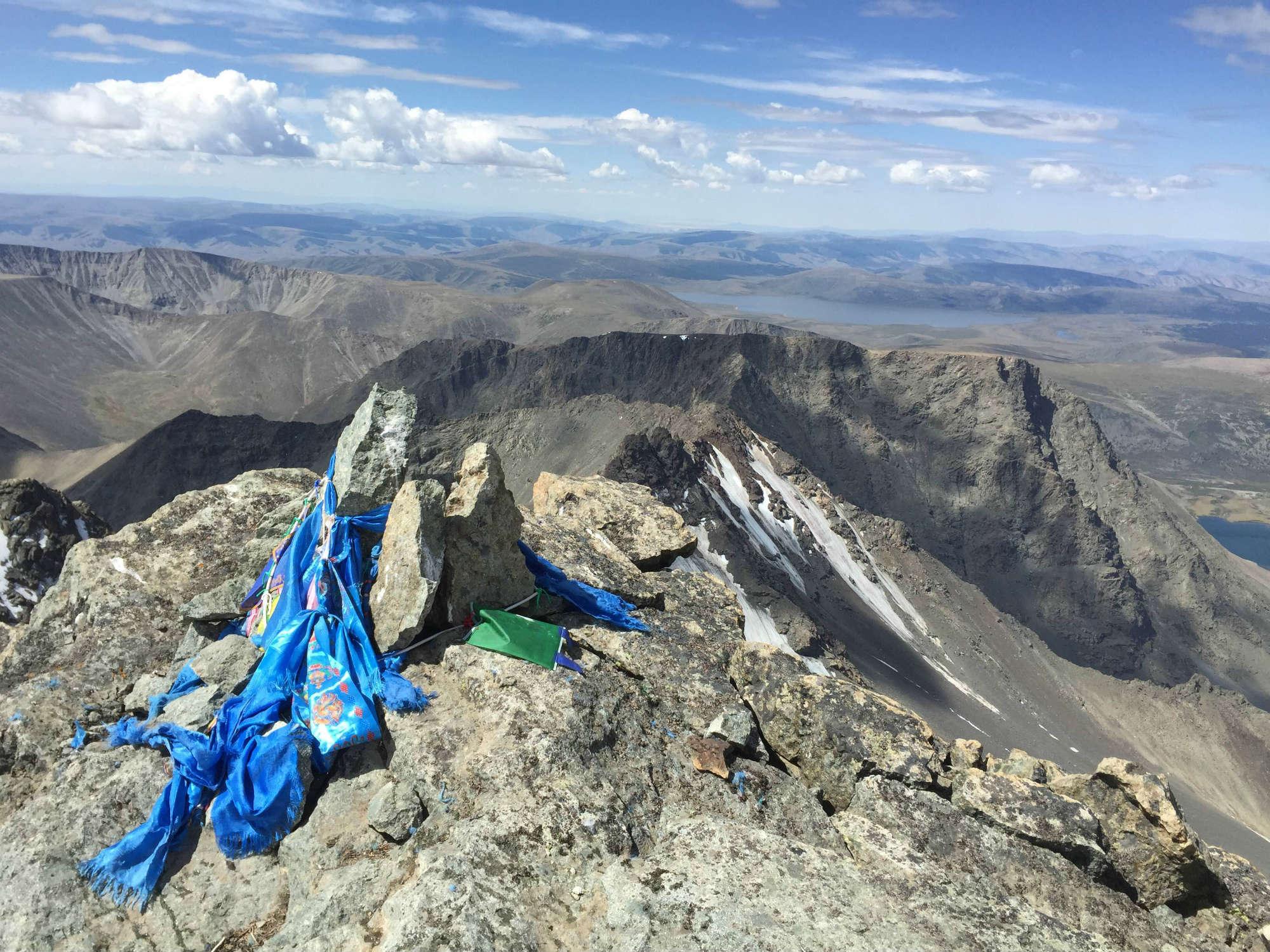 モンゴル/オトゴンテンゲル登頂8日間