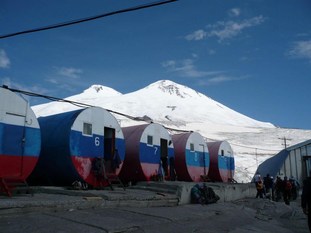 エルブルース(5,642m)登頂10日間