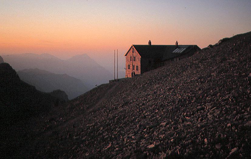 アルプ小屋