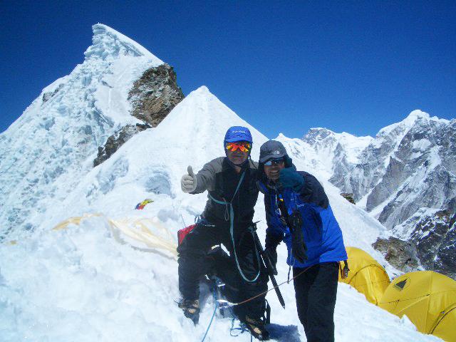 ネパール/ロブチェ・ピーク(6,119m)登頂 23日間