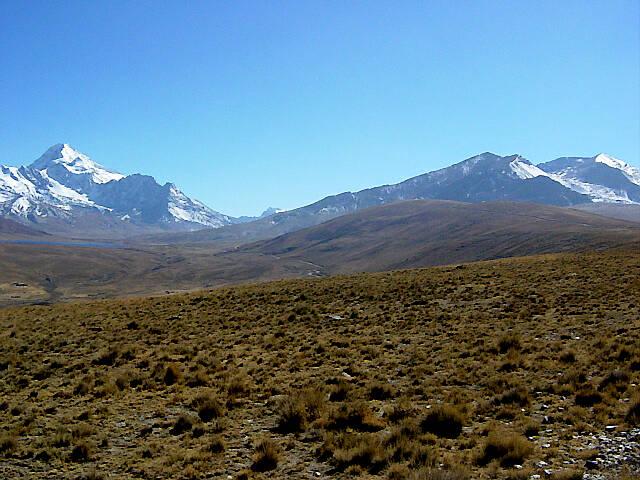 ボリビア/チャカルタヤ(5,395m)とウユニ塩湖12日間