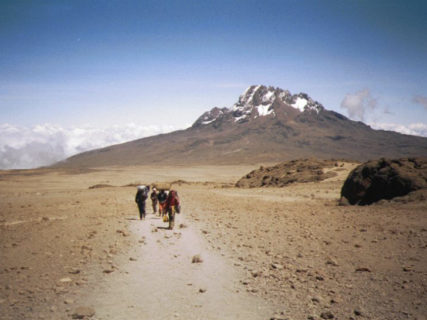 【年末年始特別企画】タンザニア/キリマンジャロ(5,895m)登頂11日間