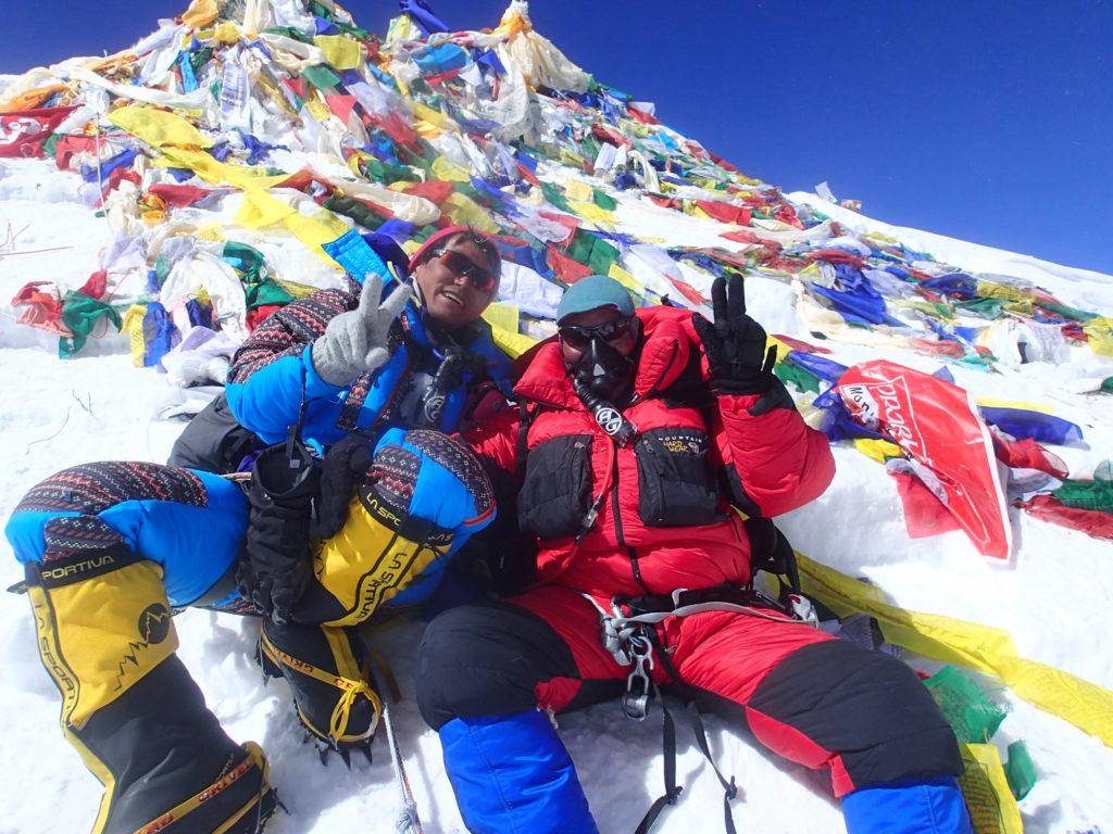エベレスト公募登山隊